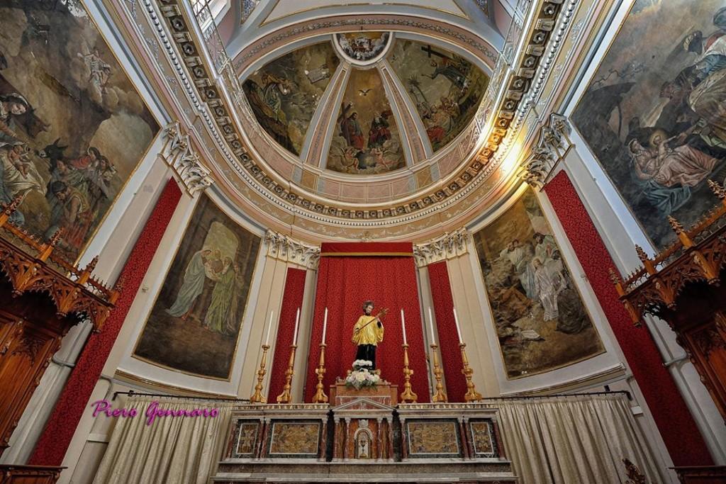 Interno Chiesa Madre di Rosolini, fotografia di Piero Gennaro.